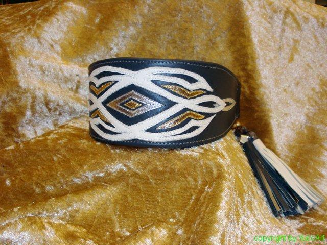 20110322-riona_dunkelgrau_weiss-silber-gold